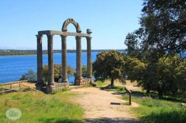 Templo de los Mármoles-Augustóbriga